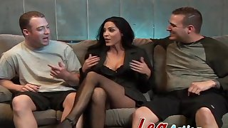 Carbon copy regions threesome for big natural tits Veronica Rayne