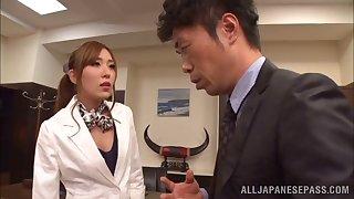 Hardcore fucking between a boss and luring secretary Rin Sakuragi