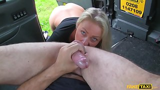 Taxi driver puts his huge cock in succulent pussy of Falling star Shields